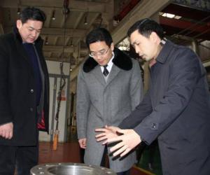 绥阳县党政代表团赴汇川区参观考察工业园区建设